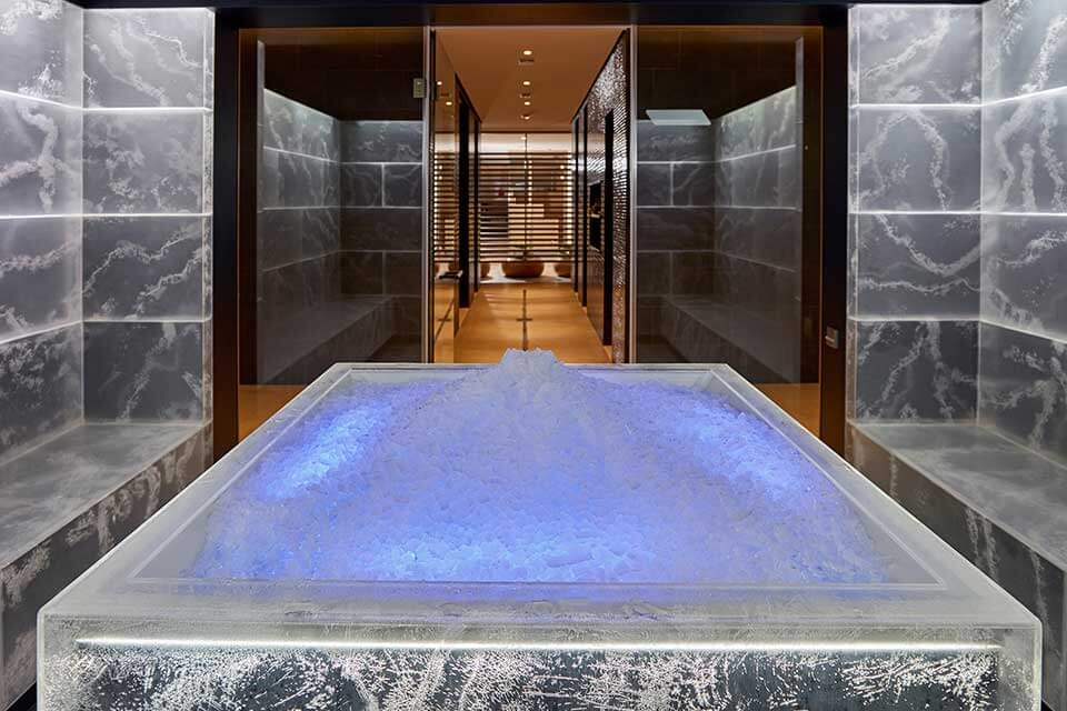 Ice lounges for your spa from KLAFS at Guncast