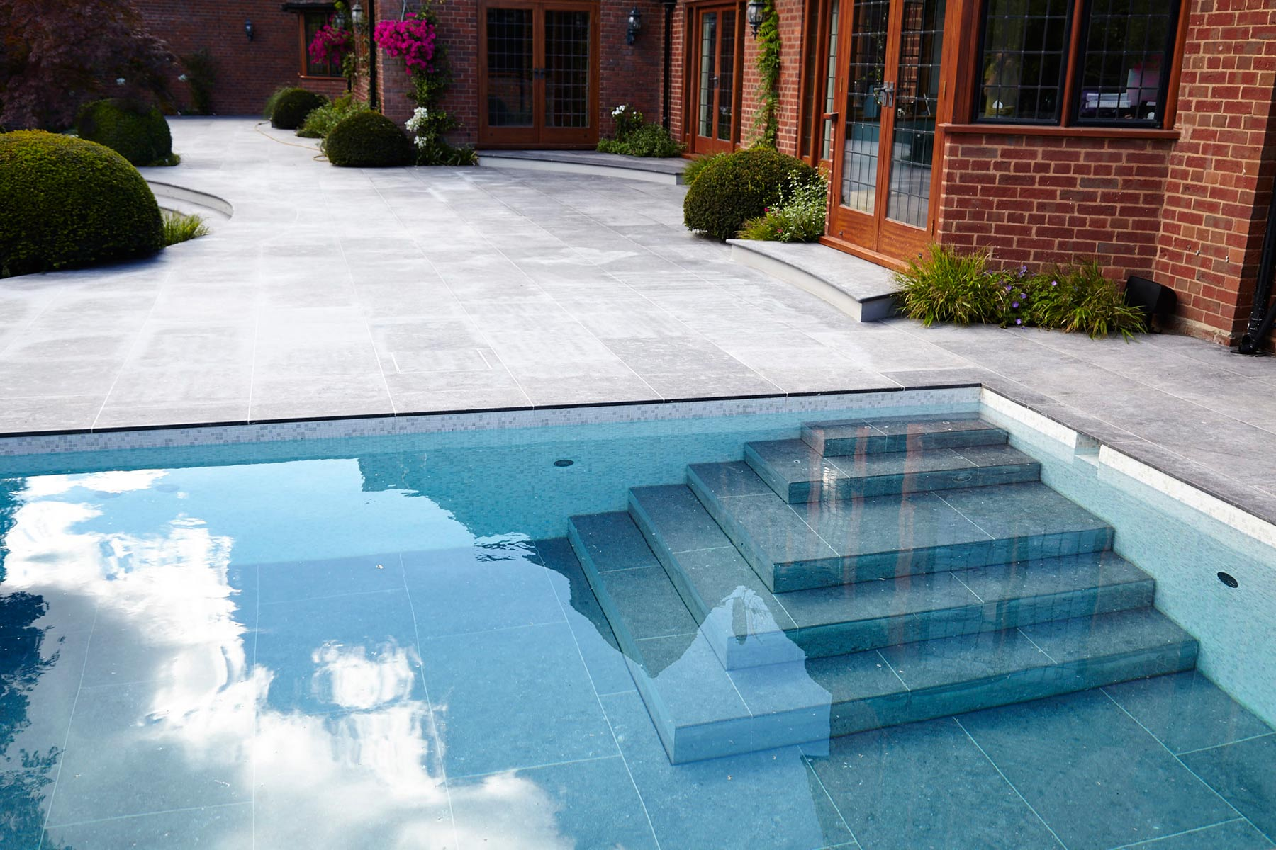 Stunning Outdoor Pool with Moving Floor System