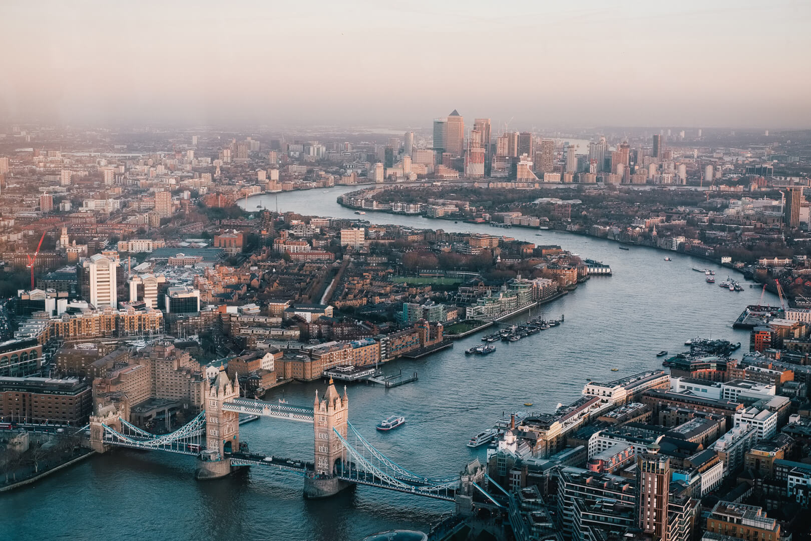 Guncast Swimming pools and wellness London